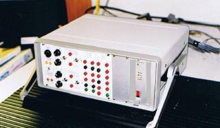 custom-hydraulic-valve-driver-pump-monitor-2
